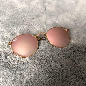 Ray-Ban circle rose gold sunglasses